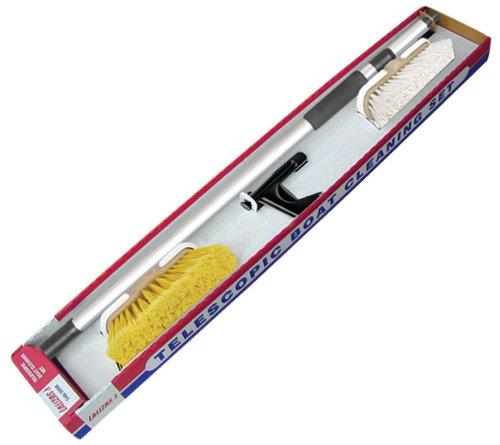 - Rengøringssæt med 2 børster + bådshage