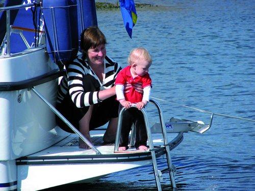 Båtsystem - Opklappelige badestiger med håndtag