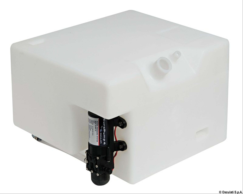 Vattentank med tryckvattenpump 32L Vattentankar